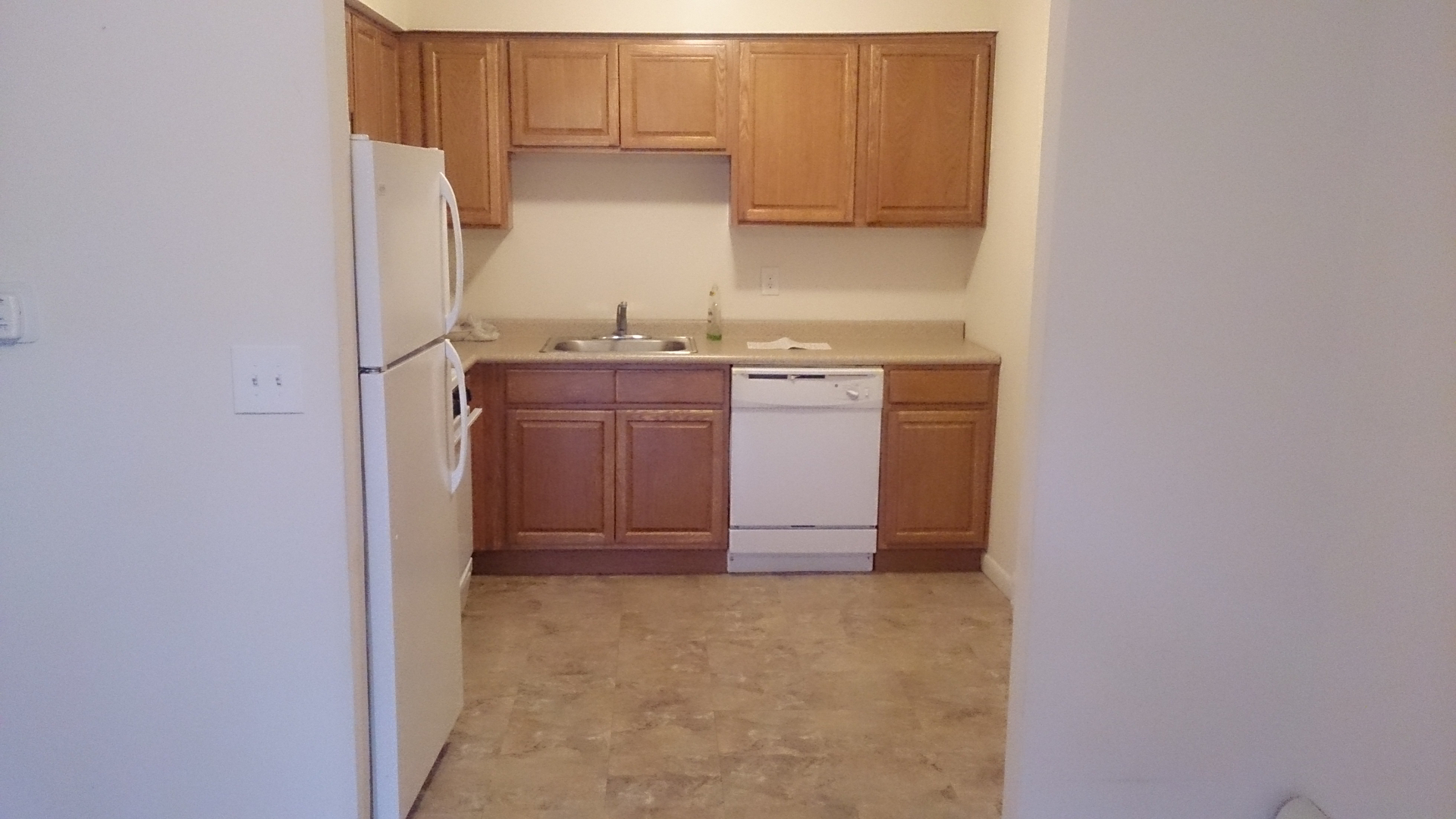 Hawthorne Garden Apartments - Residential Rental