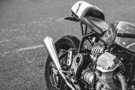 black and white motorcycle wallpaper