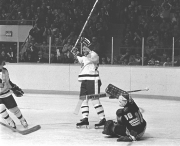 03b41f5dfb9 This date in hockey history -- February