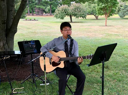 Kyle Langlois Vocalist performs at a Stanley Park Wedding, Westfield, MA