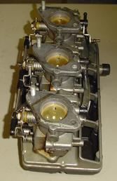 Suzuki Outboard used carburetors for a 1987-1988 85 hp Suzuki outboard motor. (Mikuni carburetors)