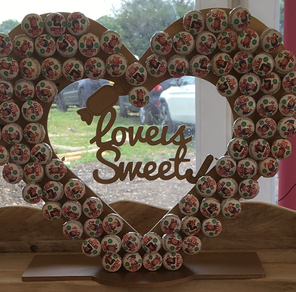 "alt=""love is sweet lolly stand hire sussex"""