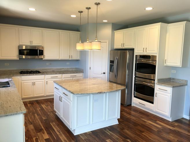 Elgin, IL Cabinet Refinishing