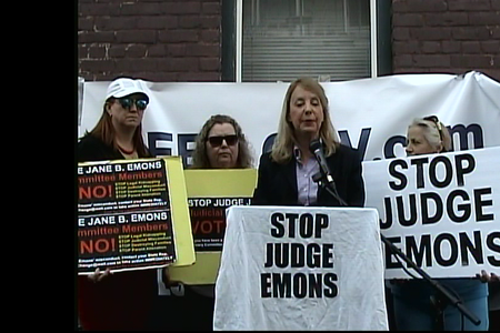 Press Conference against Judge Emons reconfirmation