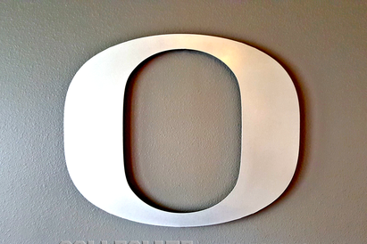 Oregon_Ducks_Large_24_Inch_Brushed_Aluminum_O_Wall_Plaque