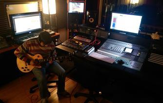 Dallas Recording Studio guitar tracking