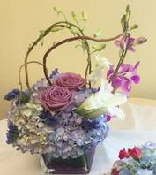 NB-MD16-16-2 Hydrangea, Lilies, Dendrobium Orchids, and Roses.