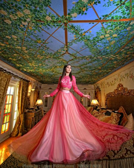 MIAMI VERSACE QUINCES PHOTOGRAPHY QUINCEANERA DRESSES QUINCE DRESS & VIDEO