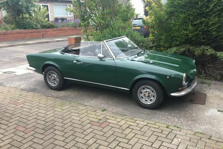 1971 FIAT SPIDER 124 TAX AND MOT EXEMPT NICE USABLE CLASSIC SPORTS CAR