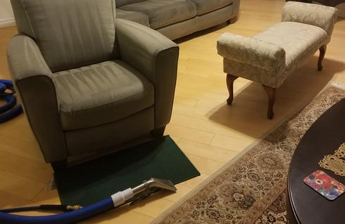 Sequence photos of upholstery cleaning | Halifax