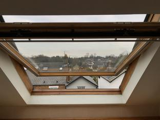 VELUX renovation service paint / oil / stain. PMV Maintenance - VELUX and Roto roof window / Skylight repair, replacement, installation, re-glazing, servicing, maintenance, Blinds, Leaks, repairs, Glass, renovation specialists covering London, Hertfordshire, Bedfordshire, Cambridgeshire, Essex, South London, North London and Central London.