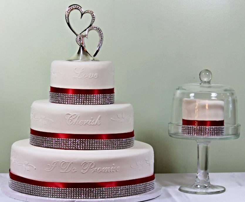 Custom Designed Faux Rental Wedding Cakes - Cake Imposteurs Llc