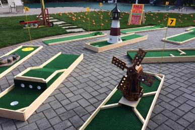Portable Mini Golf Rentals