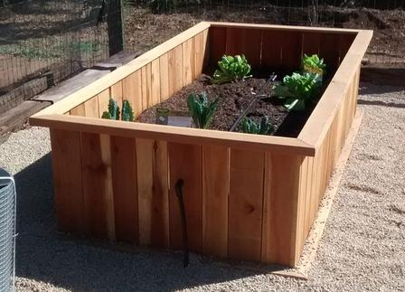 4'x8'x2' redwoood container gardens, planter beds, best garden beds, solid planter, redwood container gardens
