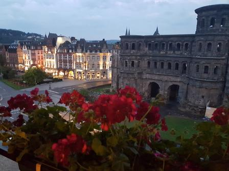 Porta Nigra (Trier) during the day
