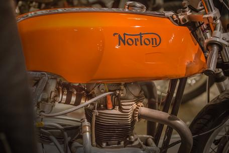 motorcycle gas tank wallpaper norton