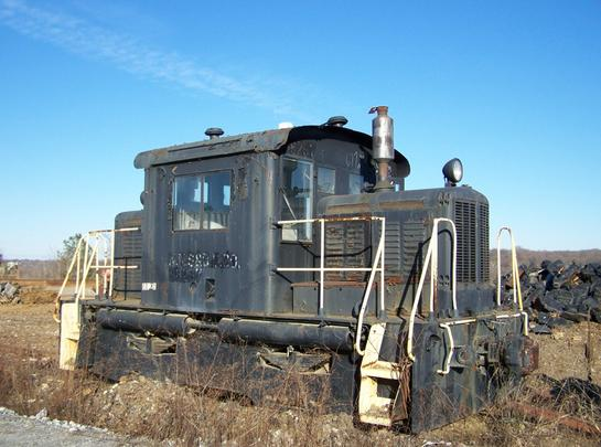 A Whitcomb 45-Ton center cab switcher of the Deepwater Terminal Railroad at Sims Metal, Richmond, Virginia in 2007. Photo by William J. Grimes.