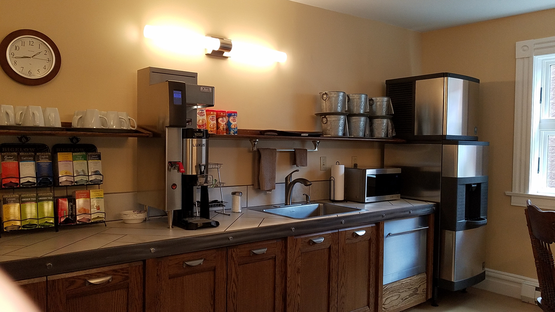 in king extended hotels with robert z s hotel handicap kitchen loft missouri stay st