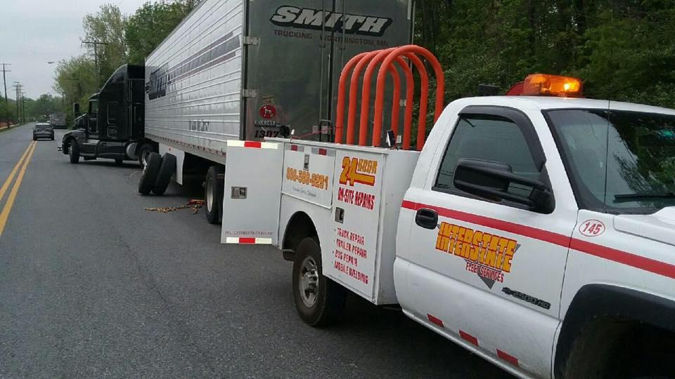 Interstate Fleet Services 24 Hour Truck Road Service