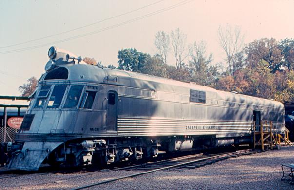 A first-generation Burlington Zephyr diesel locomotive, built in 1939.