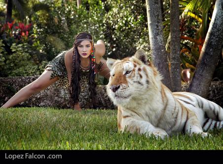 quinceanera sweet 15 with tigers photoshoot miami Lopez Falcon Quinces Photography