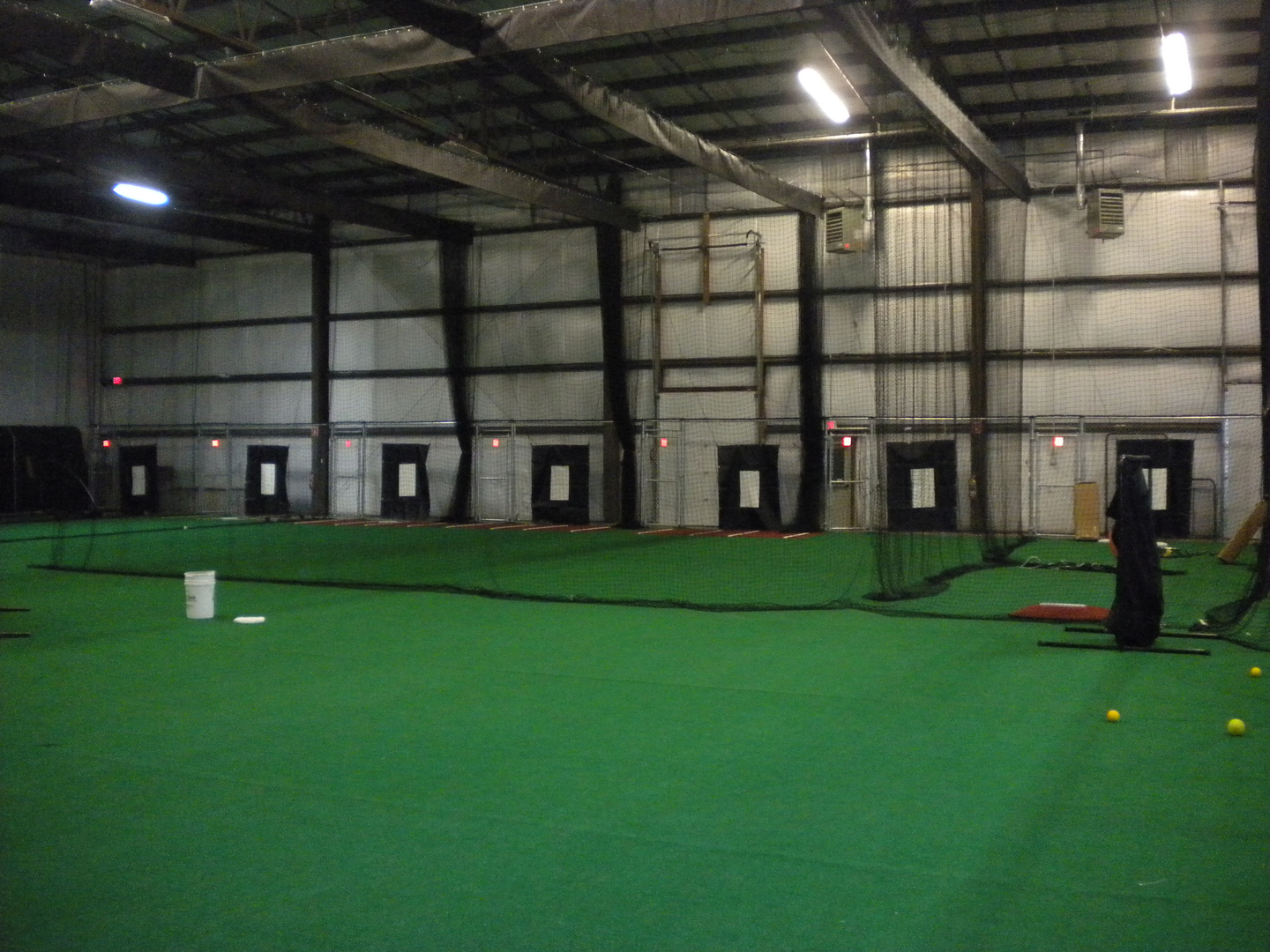 Dirt Dawg Sports - Baseball Batting Cages, Turf Rental, Softball ...