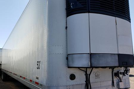 2007 WABASH Trailer with LOW HOUR Carrier Reefer Unit 950