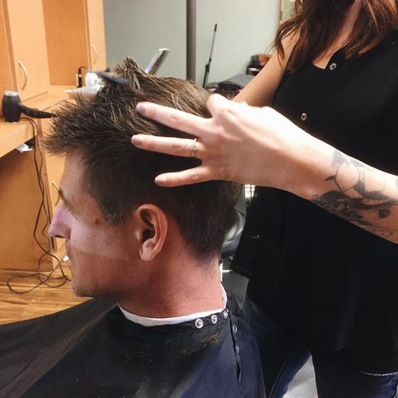 Mens haircuts escondido
