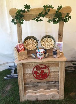 "alt=""rustic popcorn bar east sussex west sussex sweet dreams candy cart"""