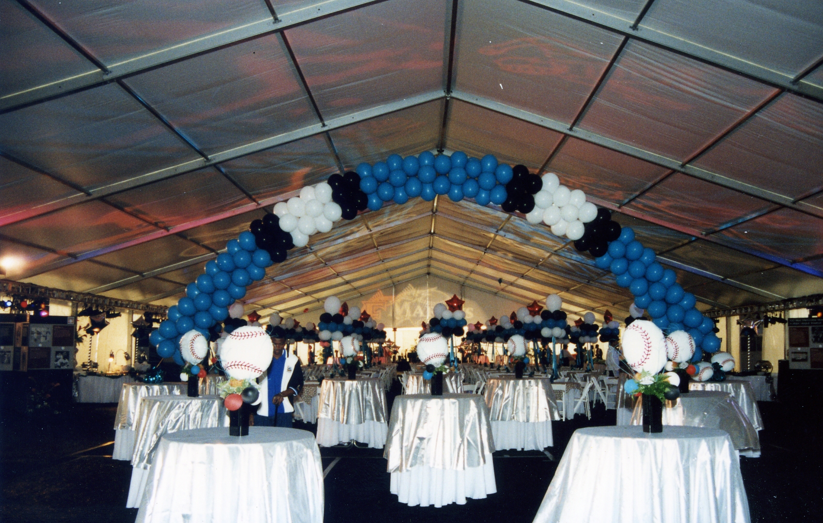 Best balloon balloon arches in fort lauderdale our colorful balloon arches can enhance all areas of your special event including but not limited to stage decor entrance decor dance floor decor junglespirit Choice Image