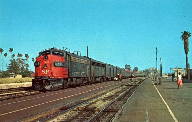 Postcard photo of the Southern Pacific train The Lark at Glendale, California heading south on April 16, 1965. Photo by Leo Caloia.