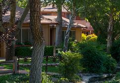Book your Stay in Sedona at Skyranch Lodge