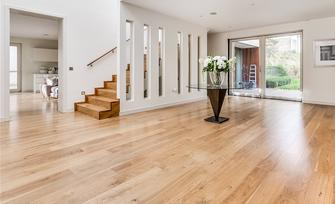 solid hardwood flooring installation- hardwood floor sanding and refinishing-polyurethane finishing for hardwood floors-