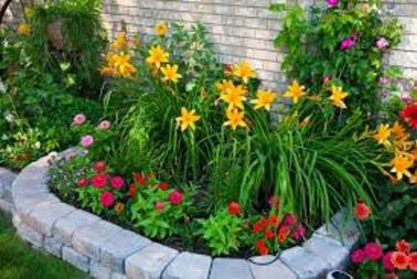 California Turf & Landscaping: Landscapers and landscaping design company - picture of flower landscape in custom planter