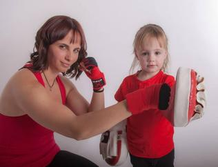mother daughter family Boxercise