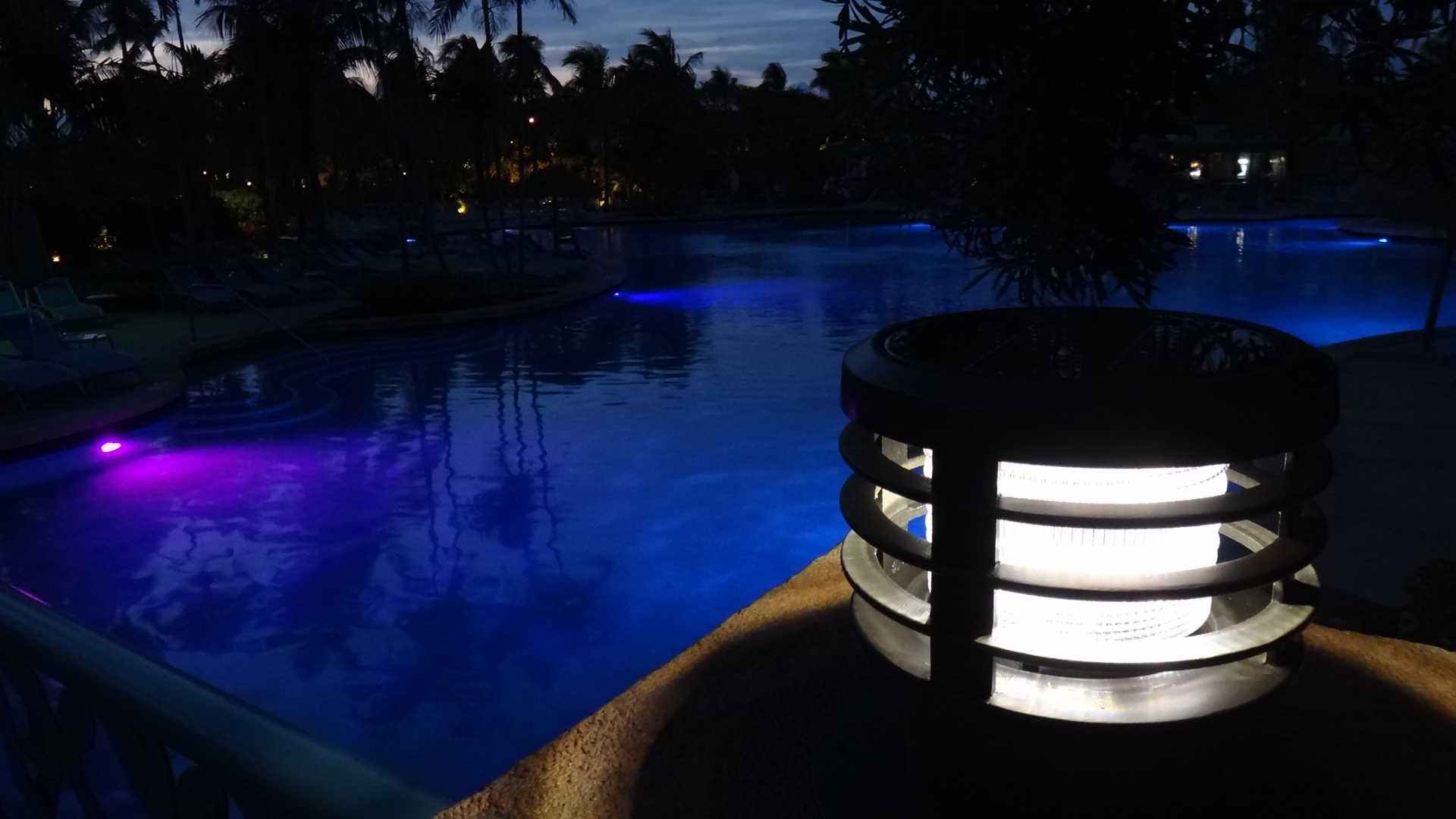 Luxury solar Powered Driveway Lights