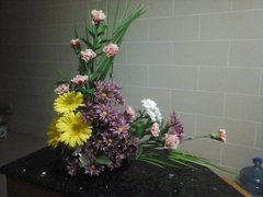FLOWER ARRANGEMENT WITH GEBERAS