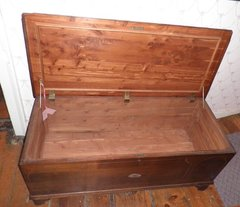 Antique Vintage Cedar Chest Large B3998