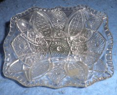 Glass Dish B4672