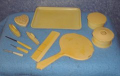Vanity Set, 11 pieces B3063