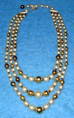 Necklace - Pearls And Gold B3097