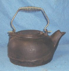 Cast Iron Kettle F214