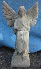 Statue Praying Angel Y0984