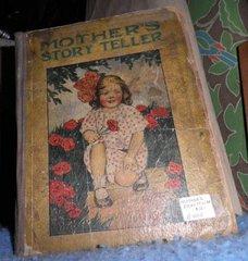 Book - Mother's Story Teller B4812