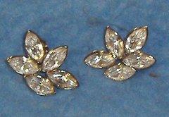 Earrings - Silver - Crystals B3425