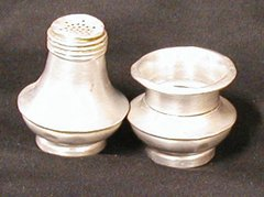 Salt Dip and Pepper - Cool!!! - Metal B1387