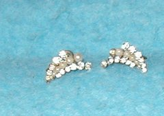Earrings - Rhinestone & Pearl (Screw Backings) B3047