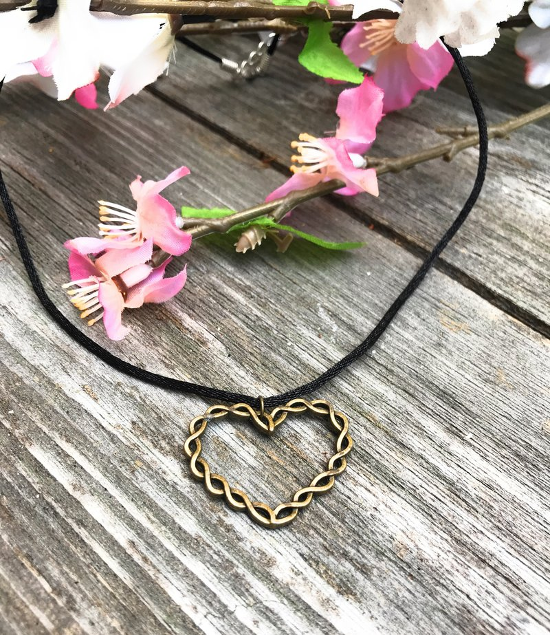 Bronze twisted heart choker heavensbook angels memorial sympathy gifts give the gift of compassion to yourself or anyone struggling with the loss of a loved one gone too soon solutioingenieria Gallery