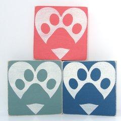 Paw w/ Heart - 4x4