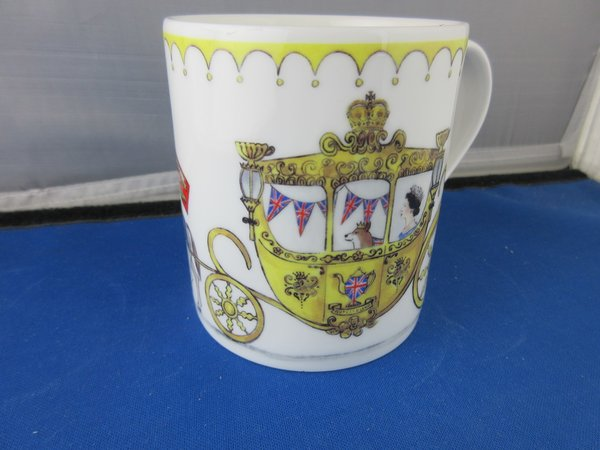 Queen & Carriage Larch Mug